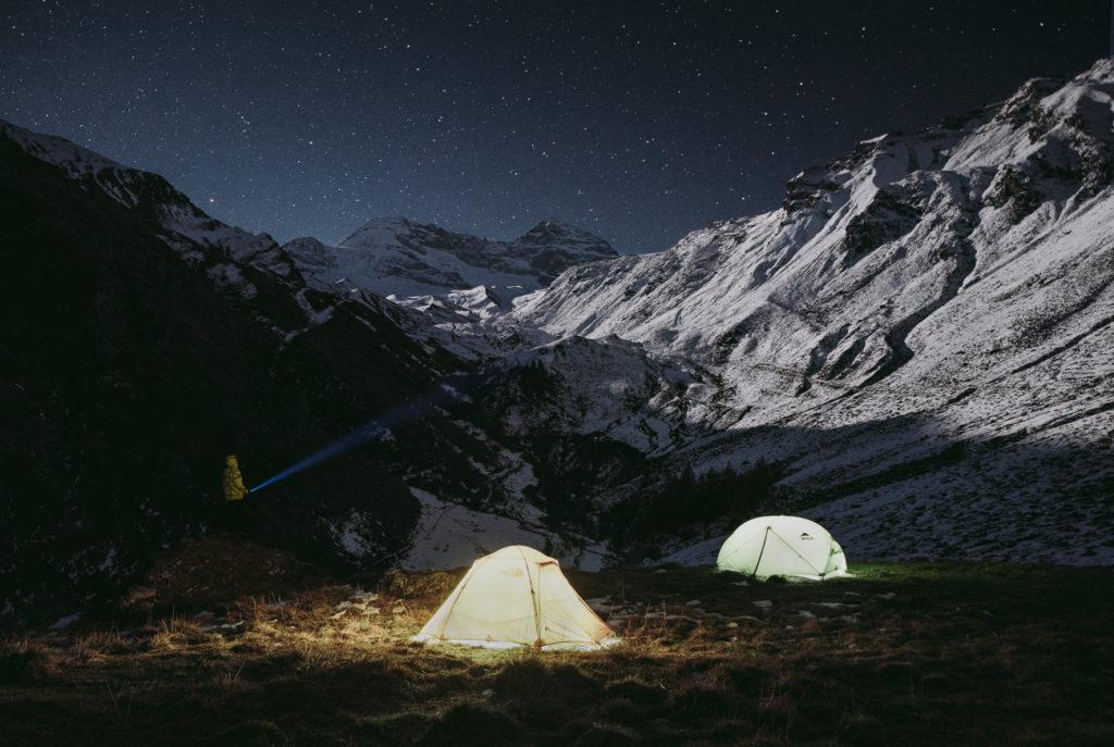 Zelte am Gletscher_1